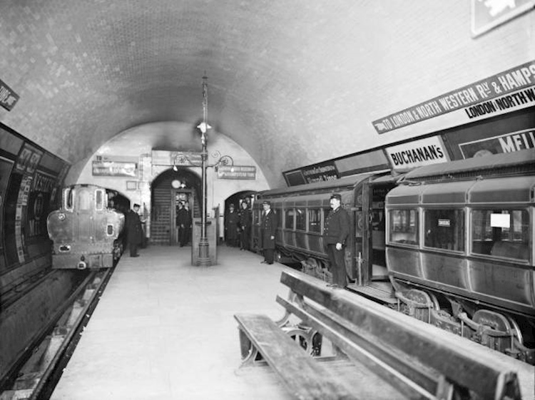 early_underground_trains
