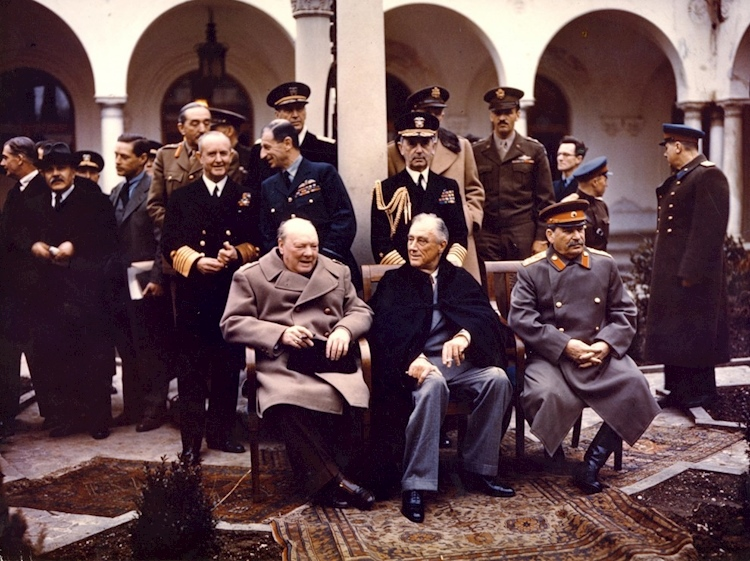 yalta_conference_1945_churchill_stalin_roosevelt