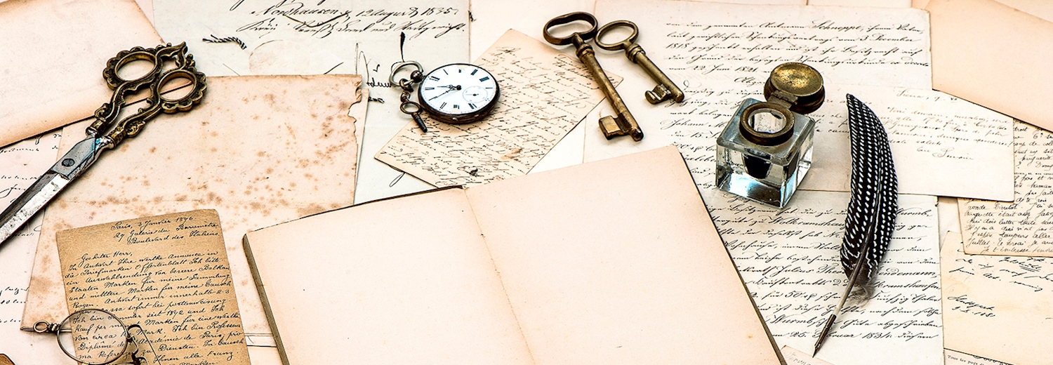 old_letters_ink_keys_and_watch
