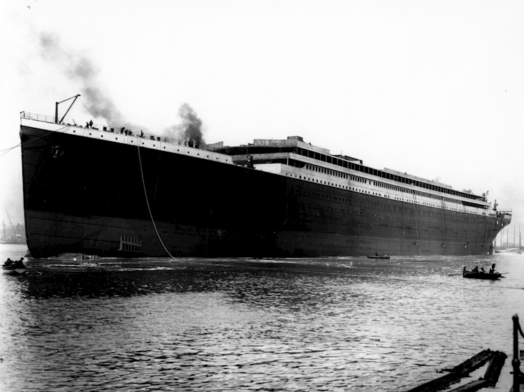 titanic_launched_at_belfast_31_may_1911