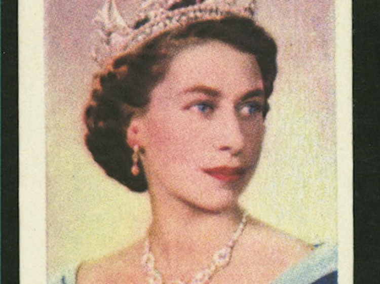 queen_elizabeth_ii_coronation_cigarette_card