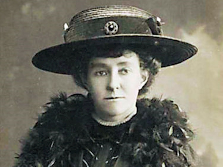 a_black_and_white_photograph_of_emily_wilding_davison