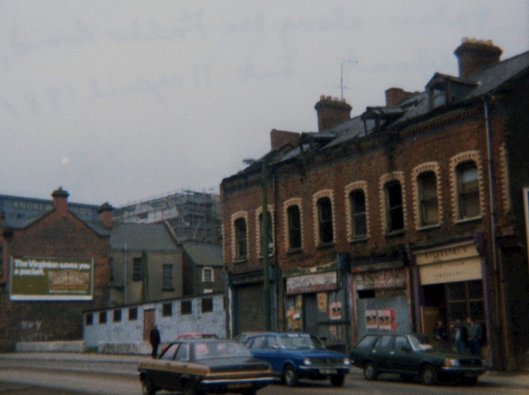 falls_road_west_belfast_1981