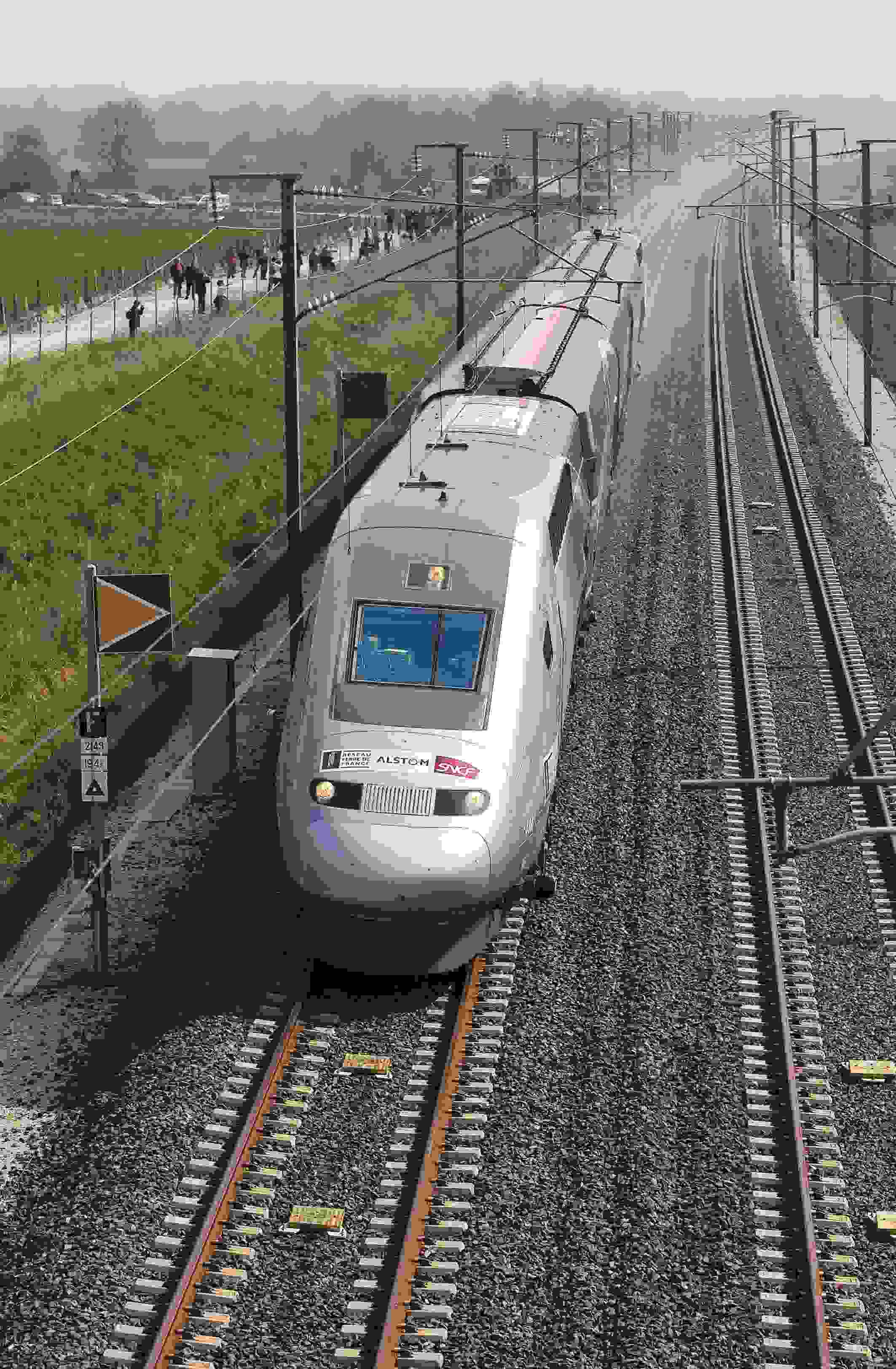 High-speed rail in China – Travel guide at Wikivoyage ... |High Speed Rail History