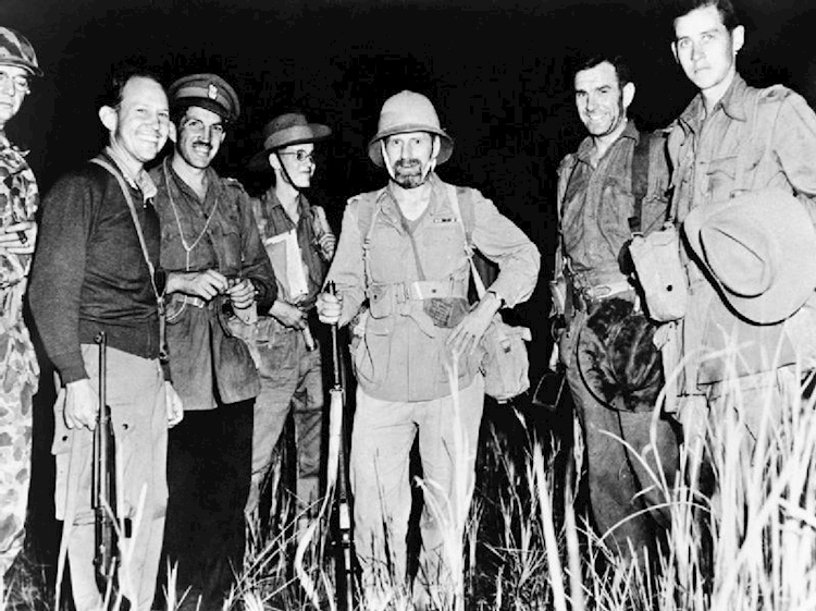 orde_wingate_with_chindit_leaders_burma_1944_iwm_mh_7873
