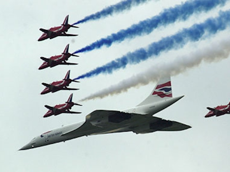 parade_flight_queens_golden_jubilee_june_2002