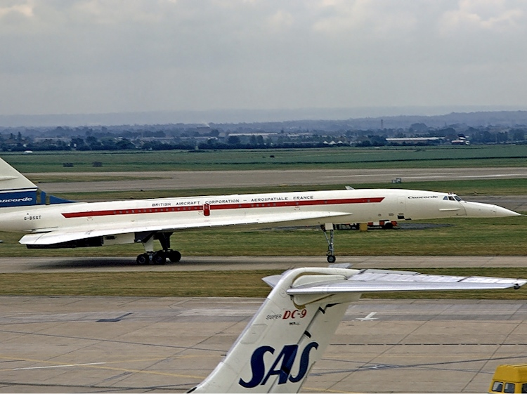 concorde_first_visit_heathrow_1_july_1972
