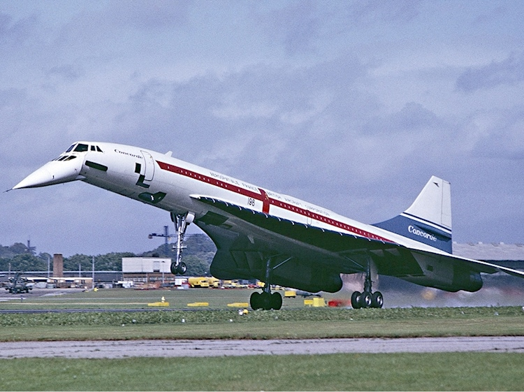 concorde_landing_farnborough_september_1974