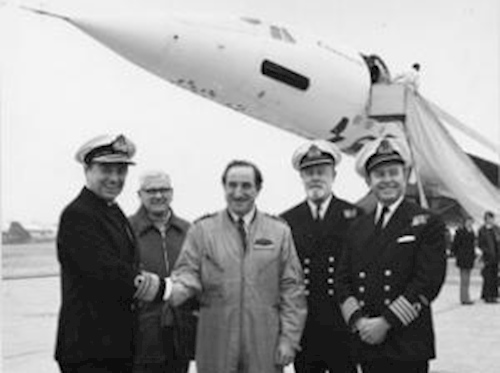 first_test_pilot_of_concorde_002