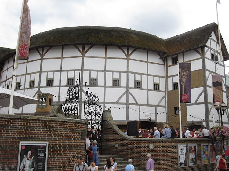 shakespeares_globe_theatre_southwark_london