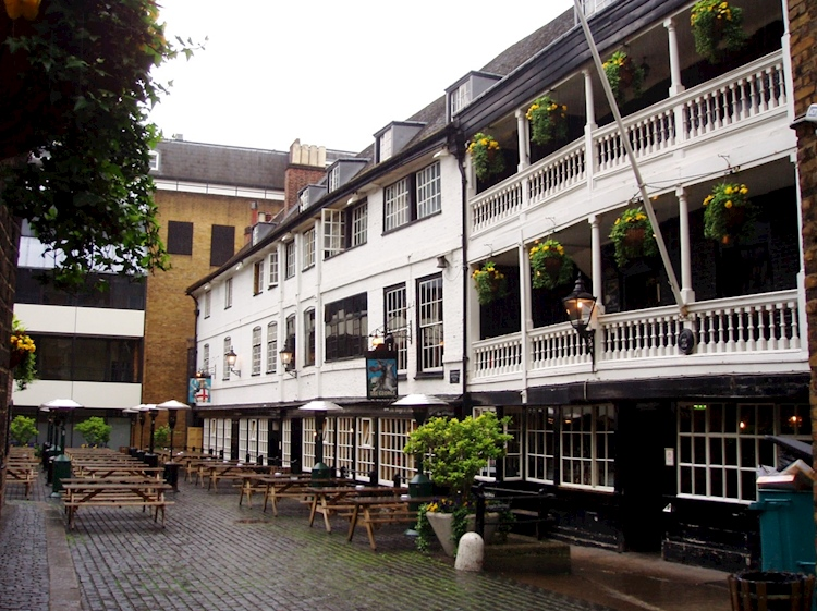 the_george_inn_the_only_remaining_galleried_inn_in_london
