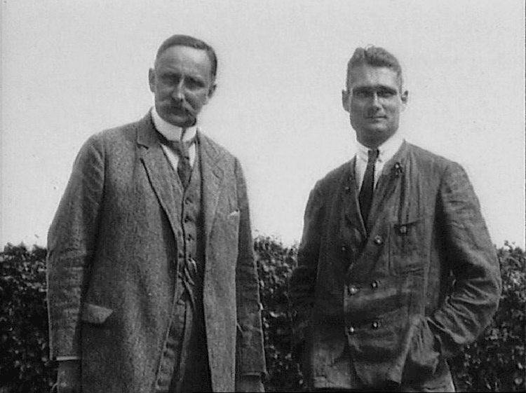 hess_with_his_geopolitics_professor_karl_haushofer_circa_1920