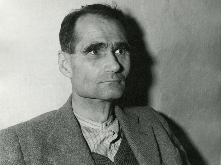 hess_at_landsberg_prison_1945_awaiting-trial