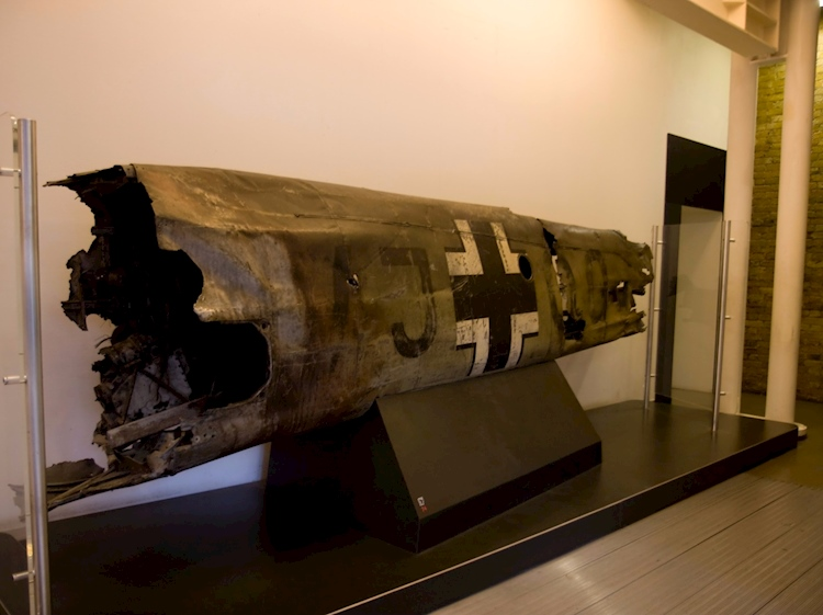 fuselage_of_hesss_bf110_on_display_in_the_imperial_war_museum