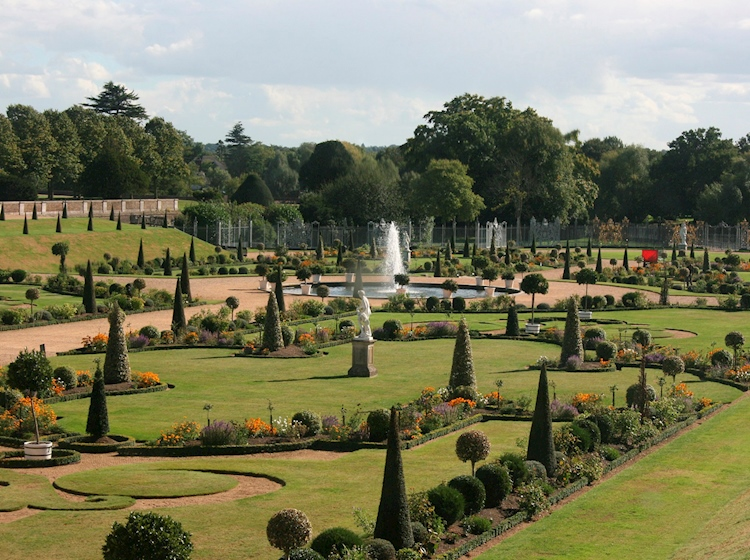 hampton_court_palace_gardens