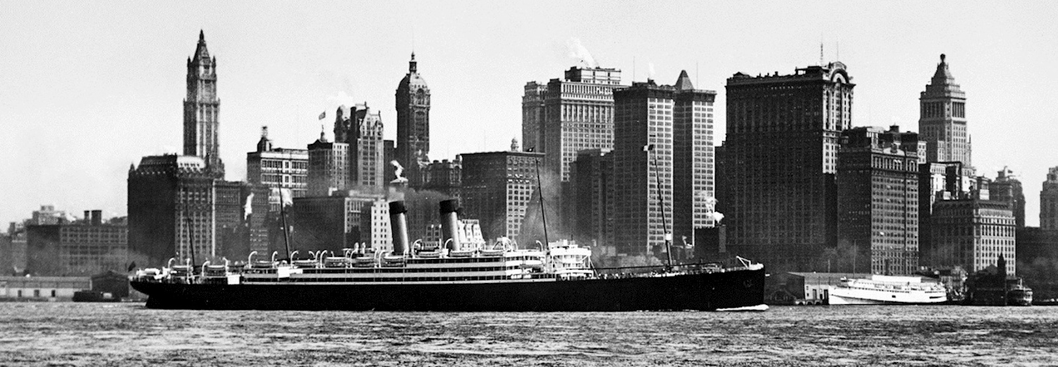 baltic_entering_new_york