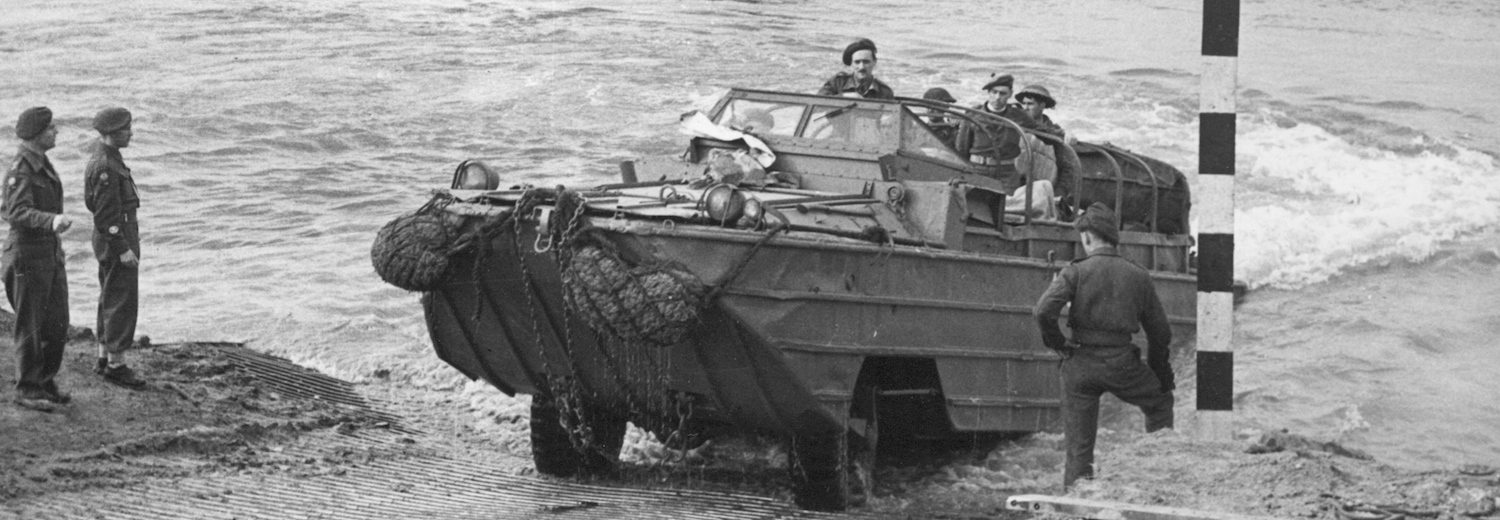 dukw_on_rhine_rlc