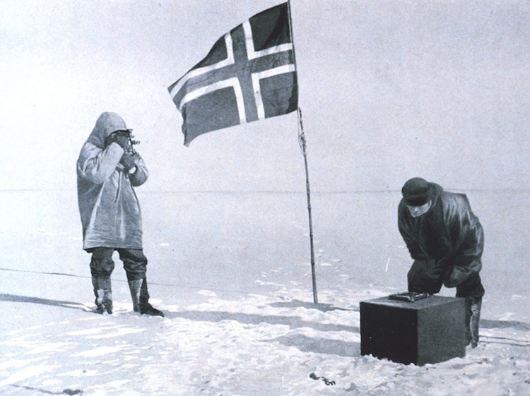 roald_amundsen_at_the_south_pole_1911