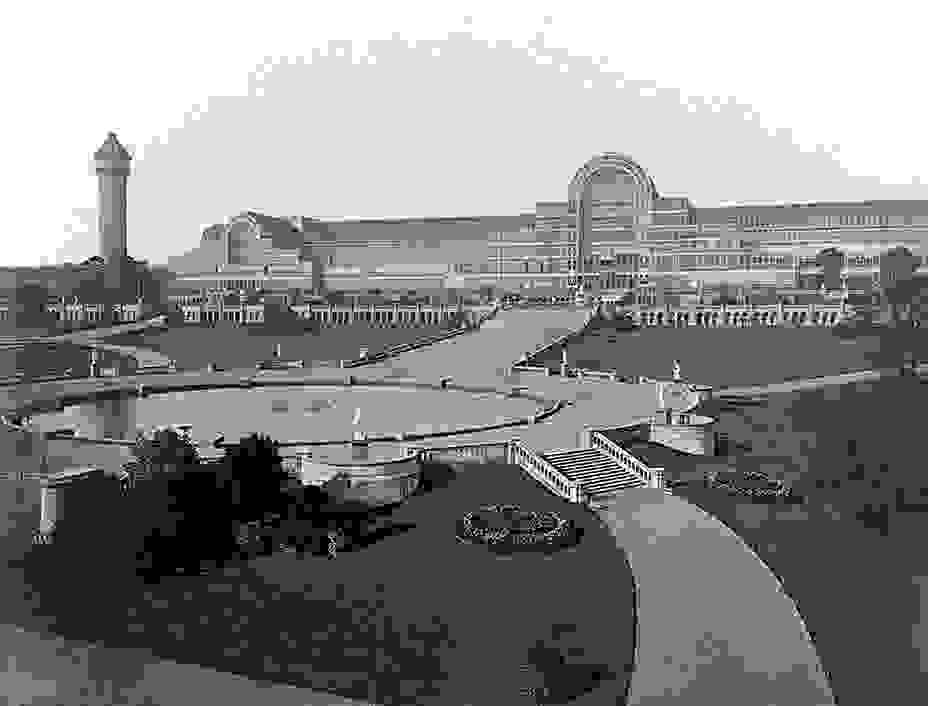 crystal_palace_general_view_from_water_templejpg