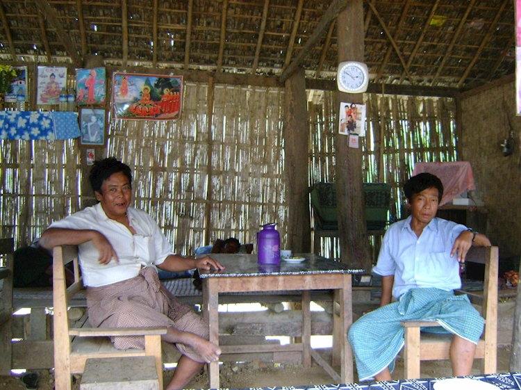 rural_burmese_tea_shop