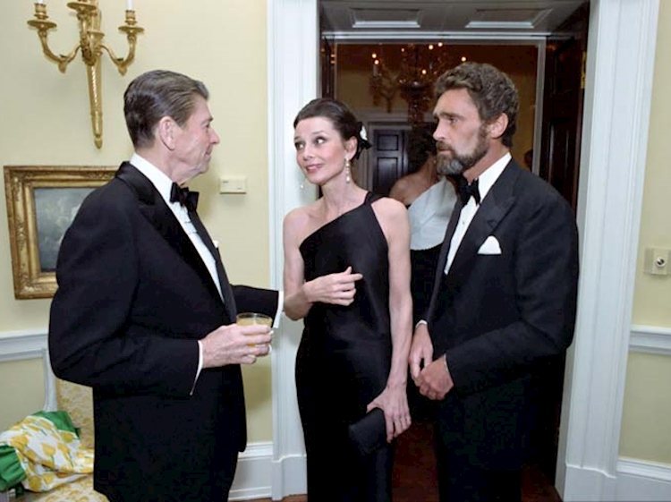audrey_with_ronald_reagan_and_robert_wolders