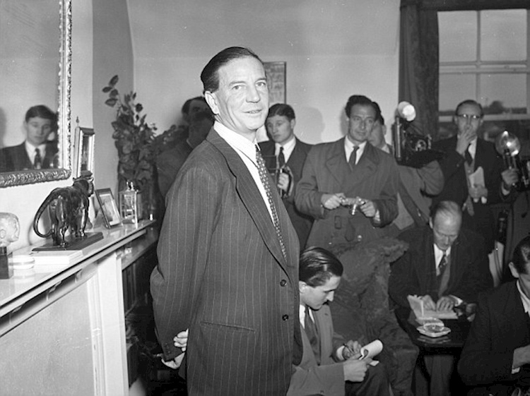 soviet_double_agent_kim_philby_at_a_press_conference