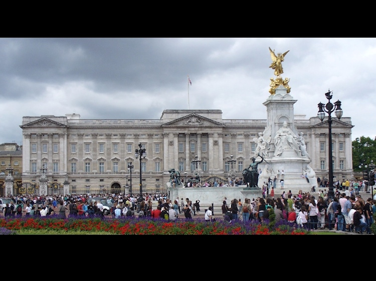 buckingham_palace_2007_smalljpg