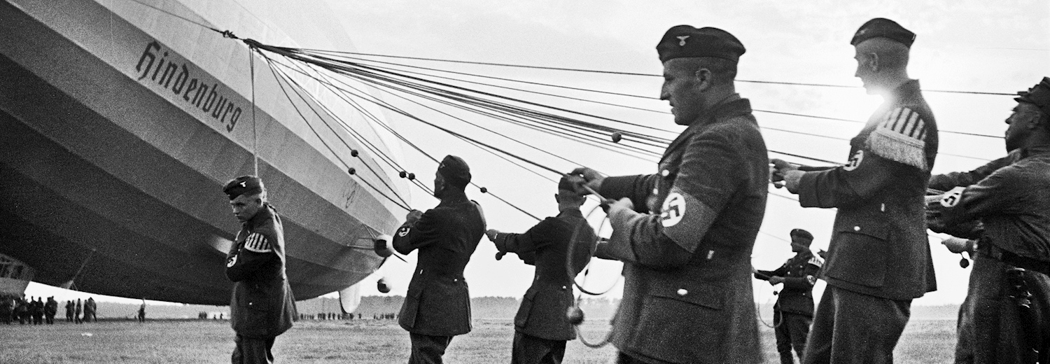 ground_crewmembers_from_the_nationalsozialistisches_fliegerkorps_during_ground_operations_in_germany