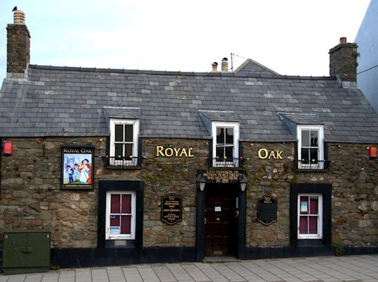 the_royal_oak_fishguard_wales