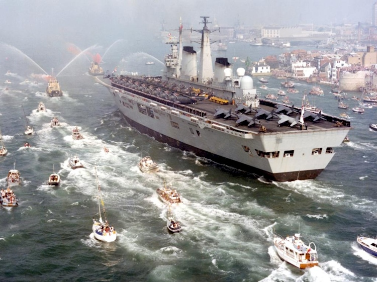 hms_invincible_-returns_from_falklands_war