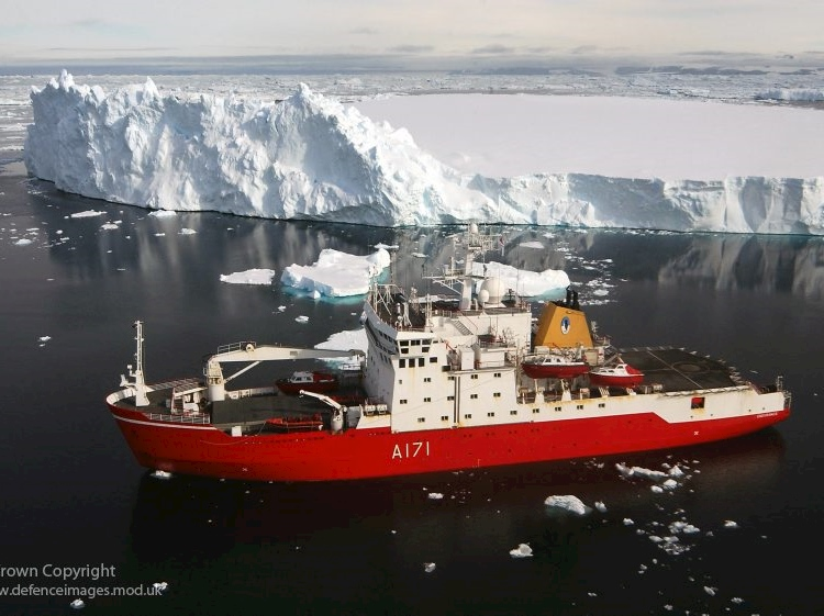 the_royal_navys_antarctic_survey_vessel_hms_endurnace_during_her_patrol_of_the_antarctic_peninsula_early_in_2007