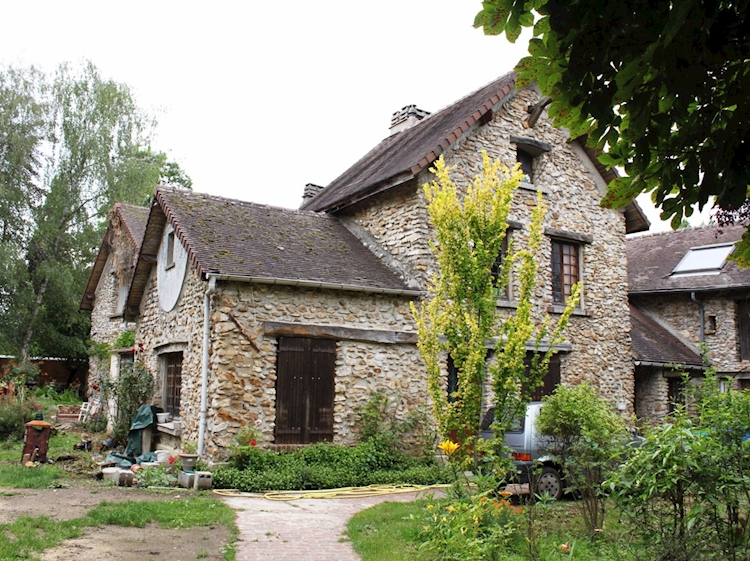 la_creste_mildreds_house_at_huiry_france_as_it_is_today