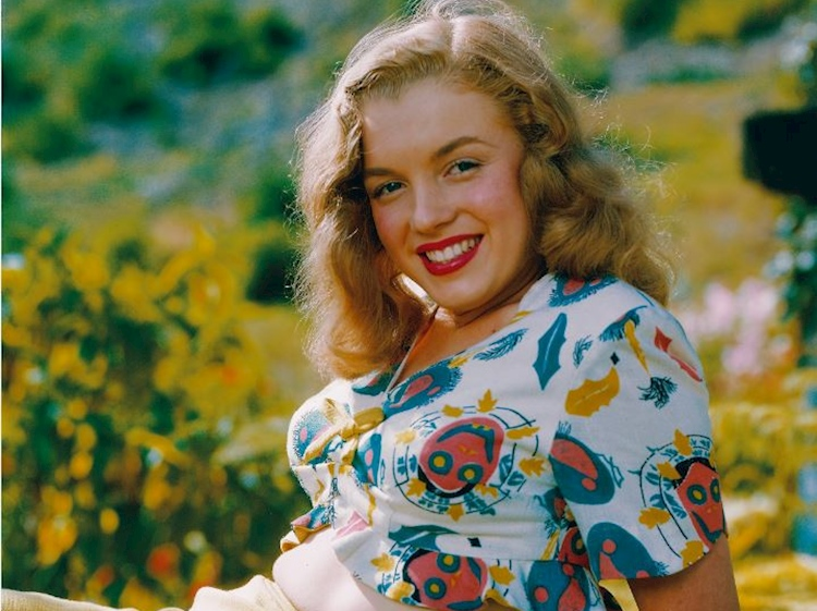 norma_jeane_with_yellow_skirt_photographer_richard_c_miller