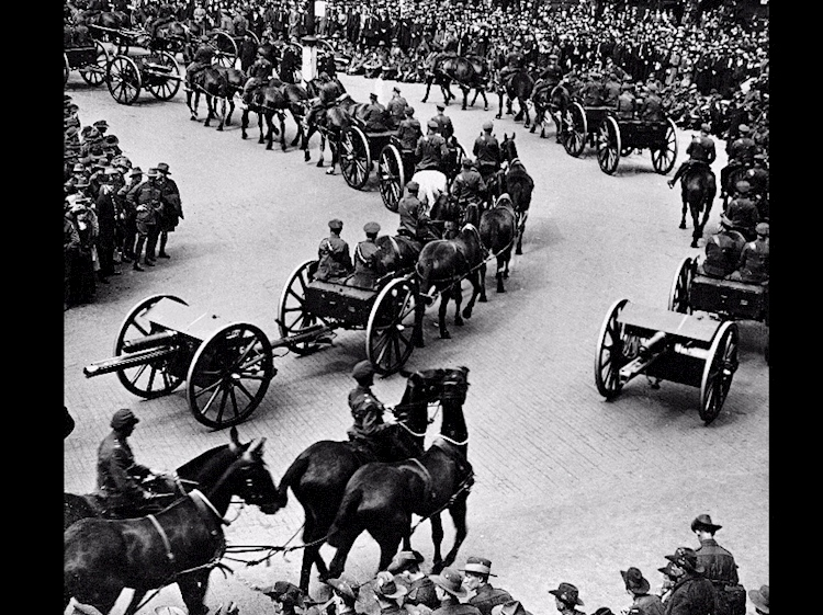 the_anzac_victory_parade_complete_with_horse_artillery