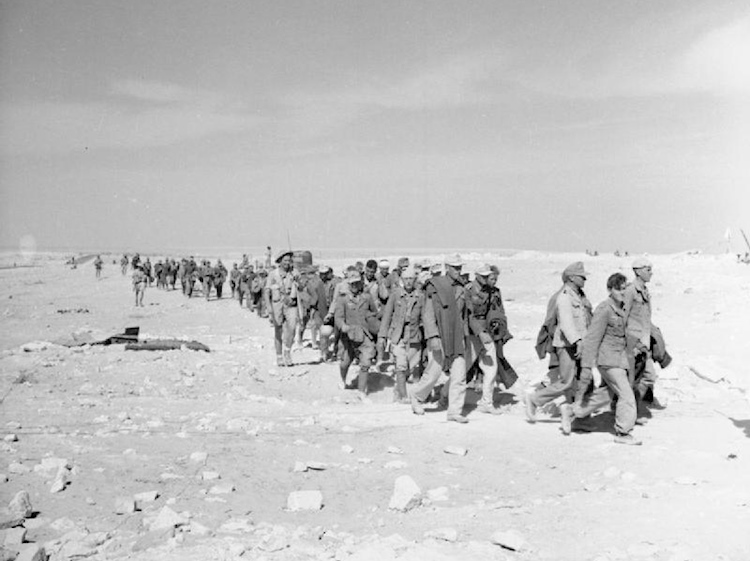 the_campaign_in_north_africa_1940-1943_german_prisoners_brought_in_from_el_alamein