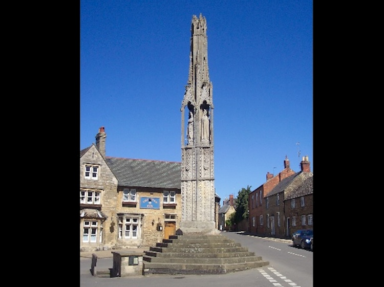 geddington_eleanor_cross