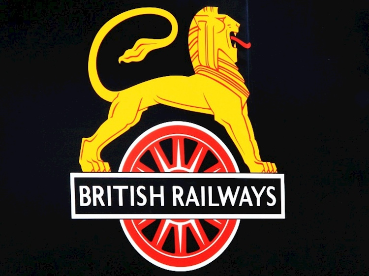 british_railways_lion_and_wheel_symbol_-courtesy_ids_photos