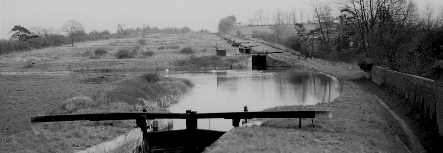 caen_hill_locks