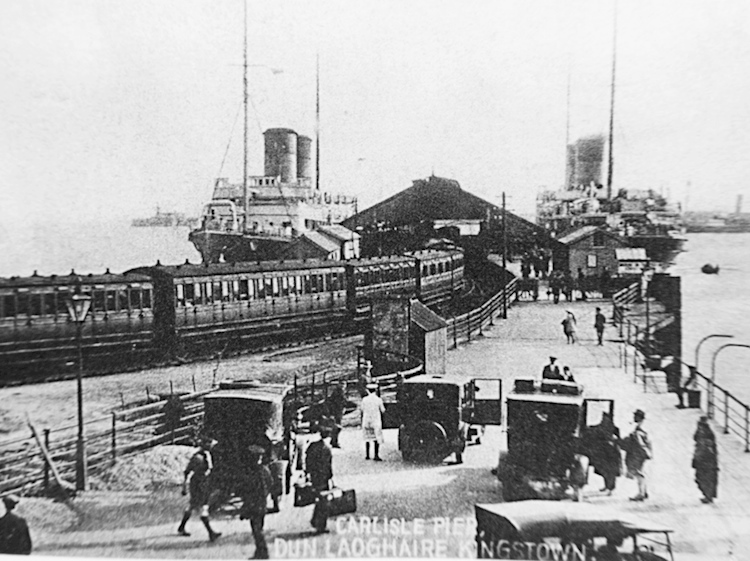 dun_laoghaire_station_old