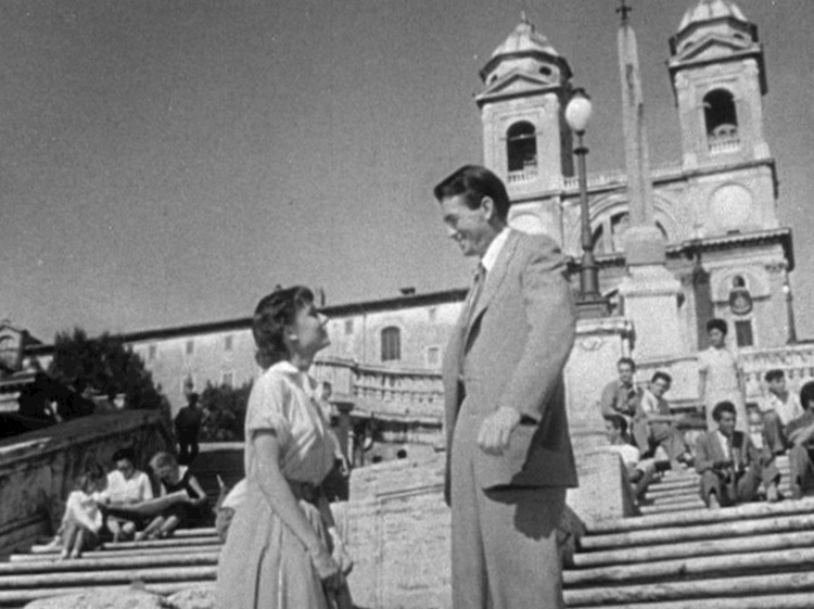 audrey_hepburn_and_gregory_peck_in_roman_holiday