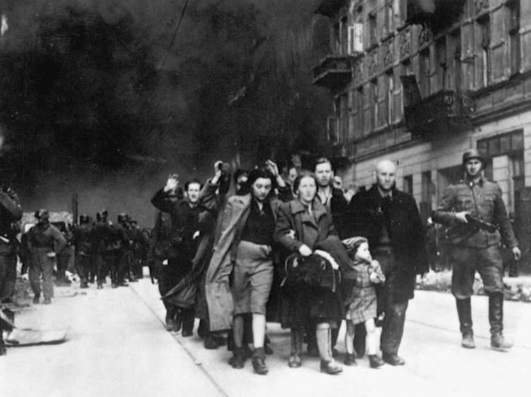stroop_report_-_warsaw_ghetto_uprising_09_captured_jews_led_to_deportation