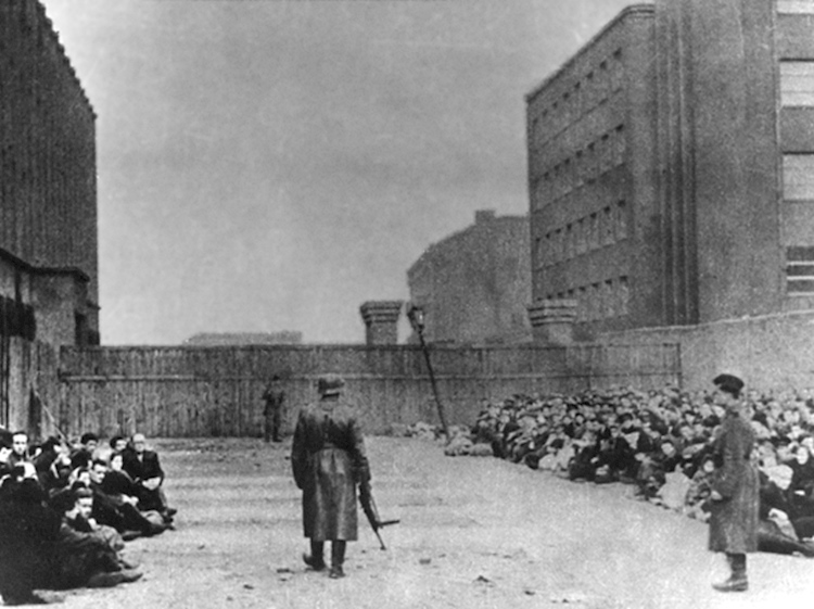 umschlagplatz_holding_pen_for_deportations_to_treblinka_death_camp