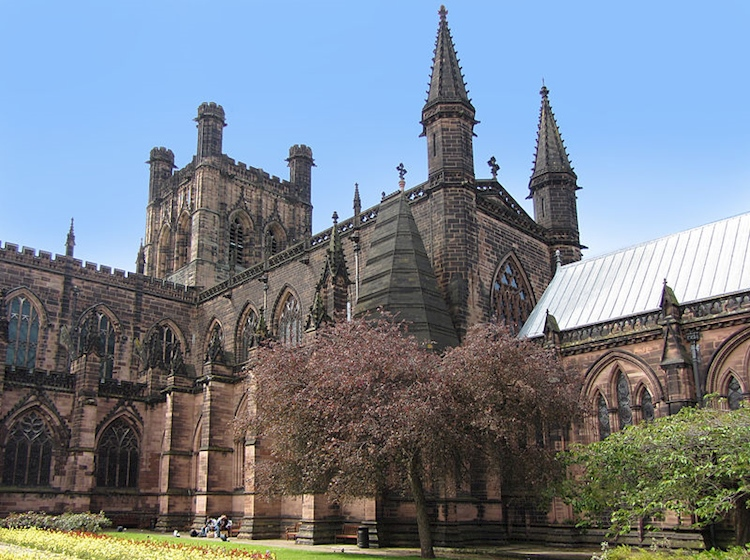 800px-chester_cathedral_ext_hamilton_001jpg