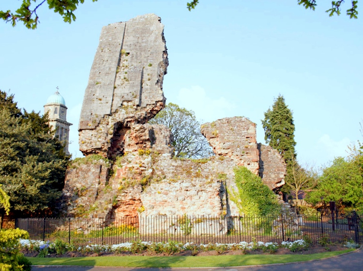 bridgnorth_castle_ruins