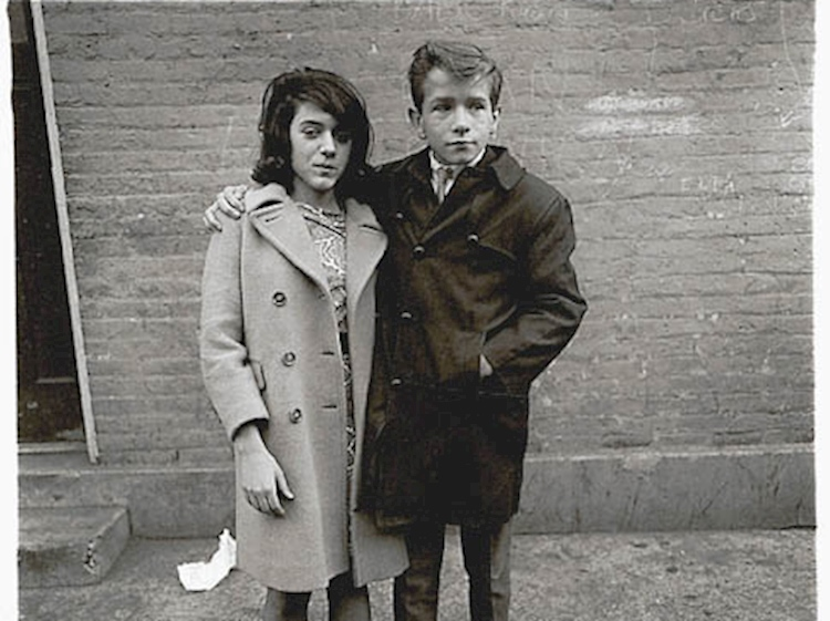 diane_arbus_teenage_loversjpg