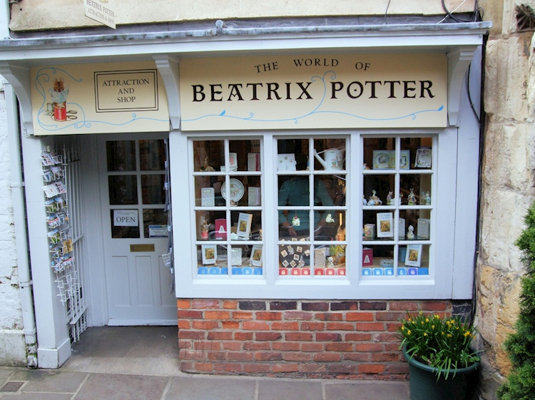 the_tailor_of_gloucester_beatrix_potter_museum
