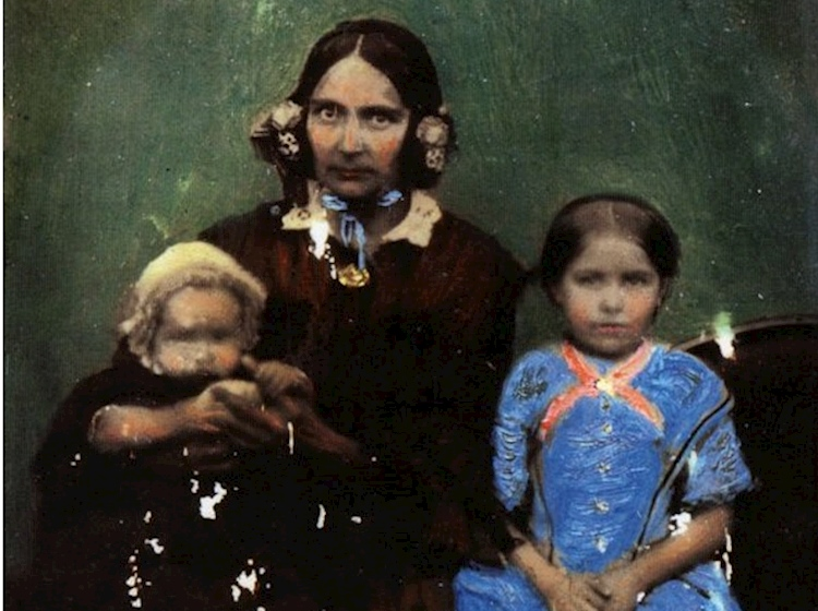 hannah_and_daughters_1858