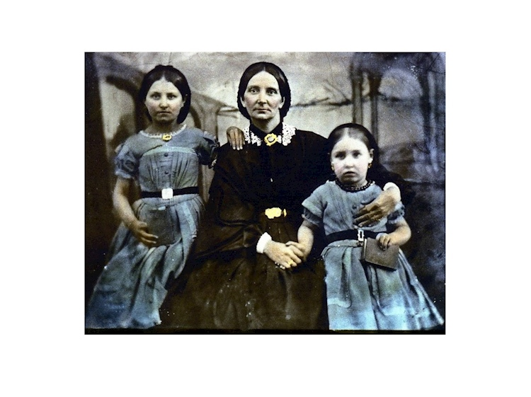 hannah_and_daughters_1863jpg