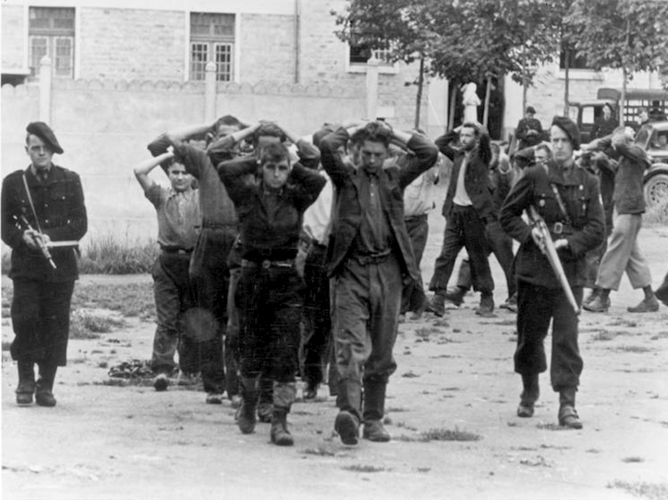 captured_french_resistance