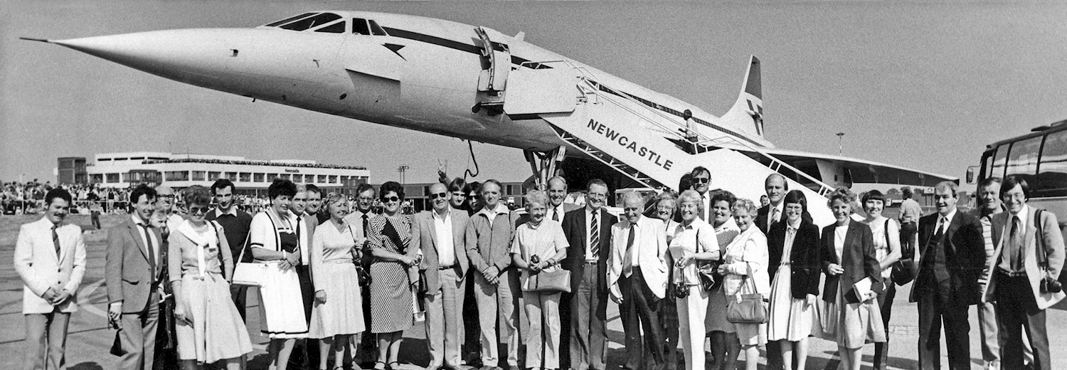 concorde_at_newcastle_airport_1983